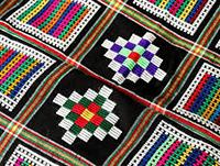 چادرشب بافی صنایع دستی سنتی