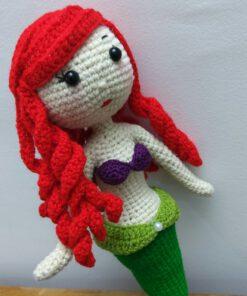 عروسک پری دریایی بافتنی
